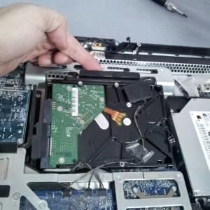 Quitando el HDD del iMac